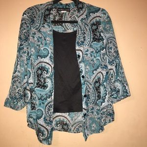 Tops - 🌸3 for $12🌸 Blue Paisley Blouse